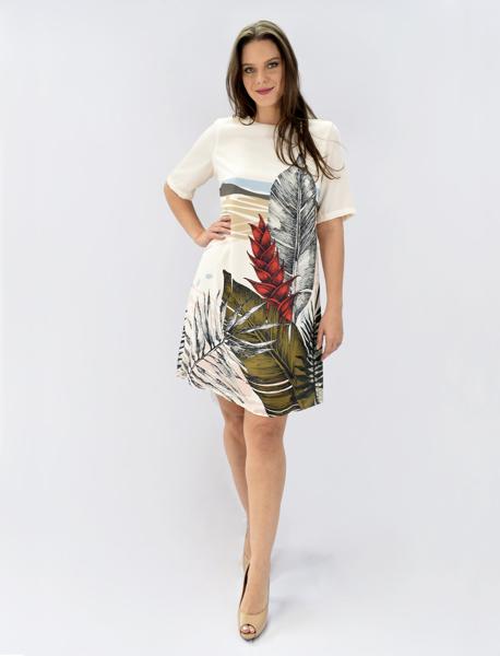 T-shirt Dress com Manga Curta